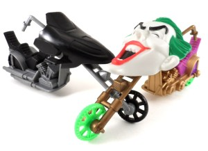 Batman Vehicle Joker Cycle 03