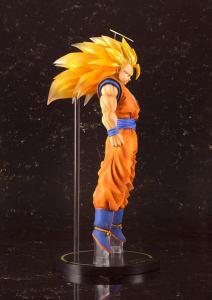 FiguartsZERO EX Super Saiyan 3 Goku Dragon Ball Z (8)