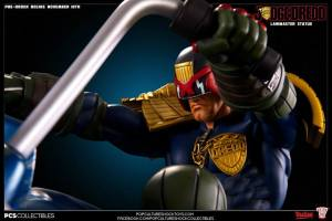 Judge Dredd on Lawmaster (23)