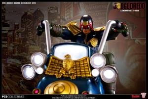 Judge Dredd on Lawmaster (24)