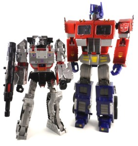 Generations Leader Megatron 19 Compare