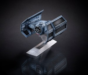 BLACK SERIES TITANIUM_Vader TIE Advanced B3929_1