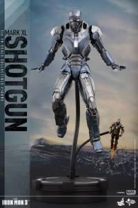 Hot Toys Iron Man Mark XL 12