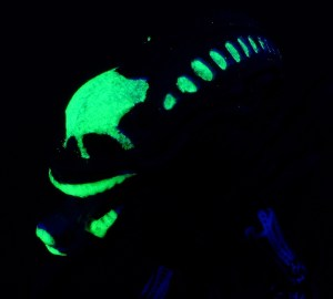 Alien Minimates Glowing Feature