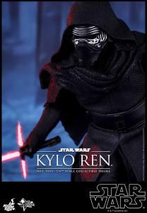 Hot Toys Kylo Ren 06