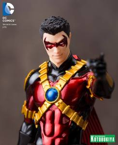RED ROBIN NEW 52 ARTFX+ STATUE (7)
