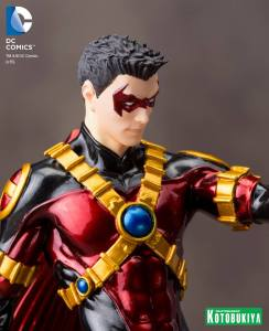 RED ROBIN NEW 52 ARTFX+ STATUE (8)