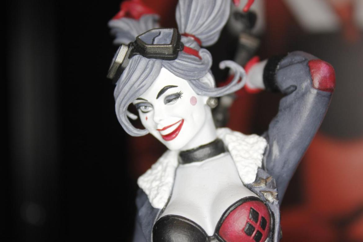 DC Collectibles- Toy Fair 2016- Statues!!