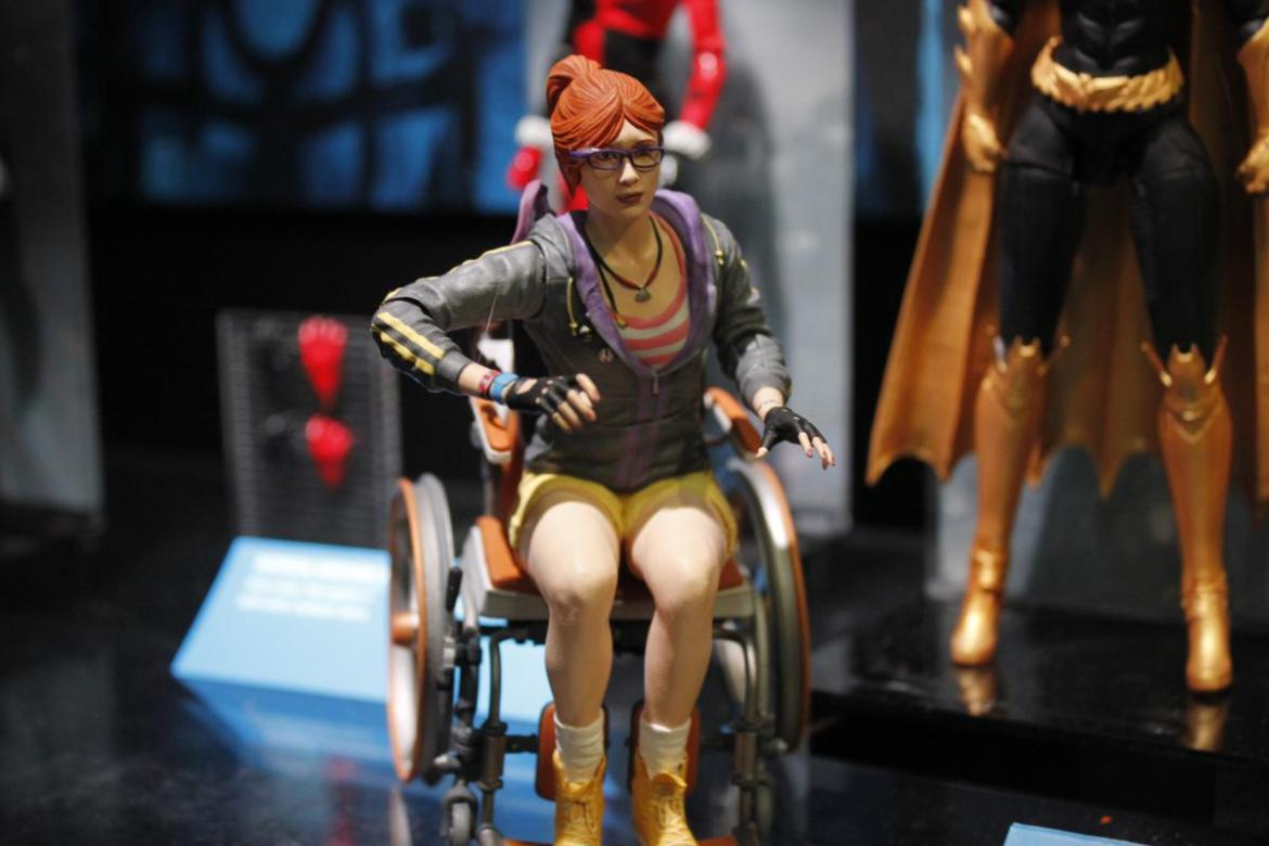 DC Collectibles- Toy Fair 2016- Icons, Artist Series & TV