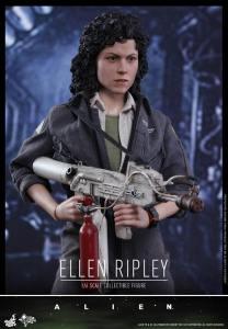 Ellen Ripley (9)