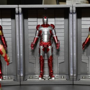 tcc2016-sh-figuarts-marvel-iron-man-mark-5