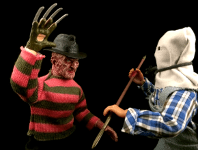 Freddy Krueger fights Jason Voorhees