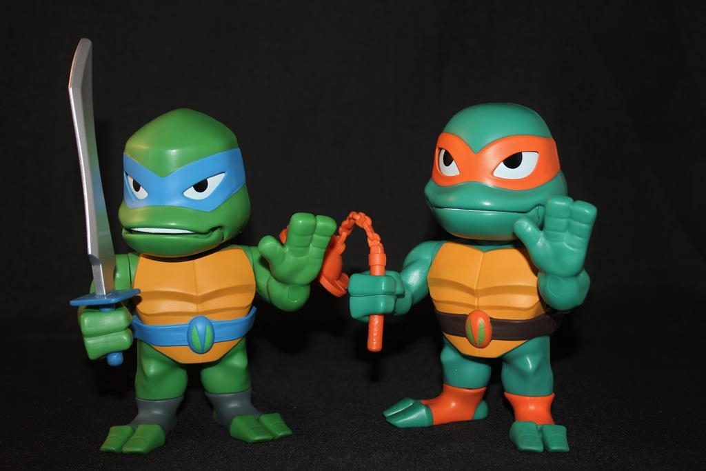 TMNT Babble Heads- Mikey & Leo Review!