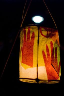 13_lantern_on_stick