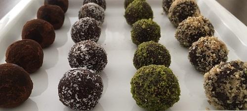 10-dakikada-yapilan-cikolata-toplari-tarifi