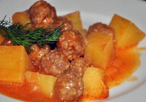 patatesli-sulu-kofte-yemegi-tarifi
