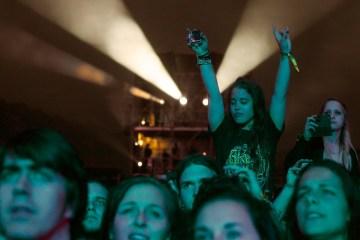 Grossartige Stimmung is weit über Mitternacht hinaus: Greenfield Festival 2014 (Foto: Sacha Saxer)