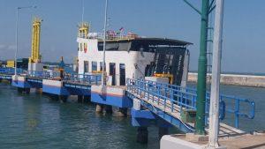 Salah satu Kapal mengankut pemudik (foto roni)