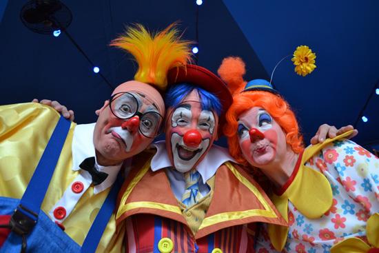 Circus-Clowns.jpg?resize=550%2C367