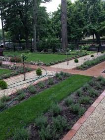 Siófok Jókai Villa kertje - Négy Évszak Kertészet (6)