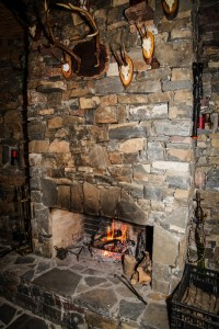 3 Great Ways to Update an Old Fireplace