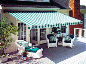 5 Reasons to Add an Awning to Your Outdoor Space