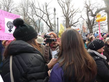 Neighborhood View interviews Maldonians at the march.