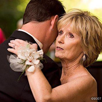 029-weaver-ridge-peoria-wedding-photographer Serving Weaver Ridge Weddings