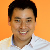 Marketing Instagram Accounts to Follow - Larry Kim