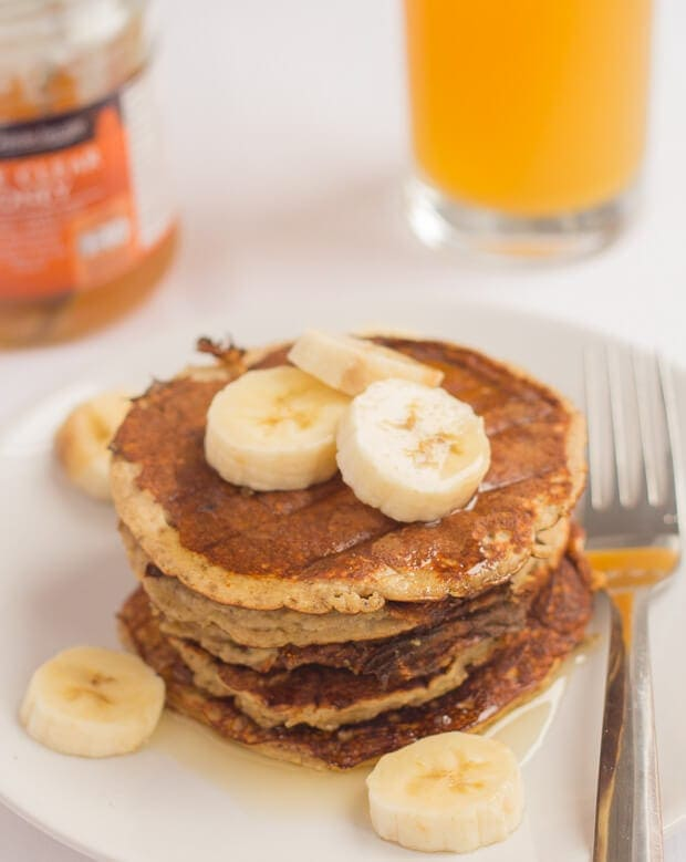 Healthy banana oat pancakes that are not only good for you, but also delicious and extremely easy to make. That's what this recipe is all about. Just put all of the ingredients into a blender or food processor and hey-presto that's you ready to cook them in just 20 minutes!