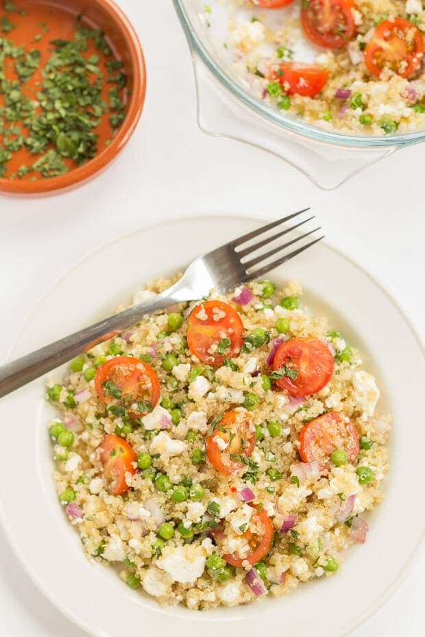 Feta and lemon quinoa salad is a deliciously fresh tasting gluten free vegetarian healthy lunch option. Packed full of nutritional goodness this low cost salad is quick and easy to prepare. The classic Mediterranean flavours, brought to life with a zingy lemon vinaigrette.
