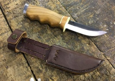 Hunting knife and sheath