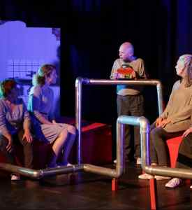 Theatergroep WAARK met Bevings in Bunne @ De Melkfabriek