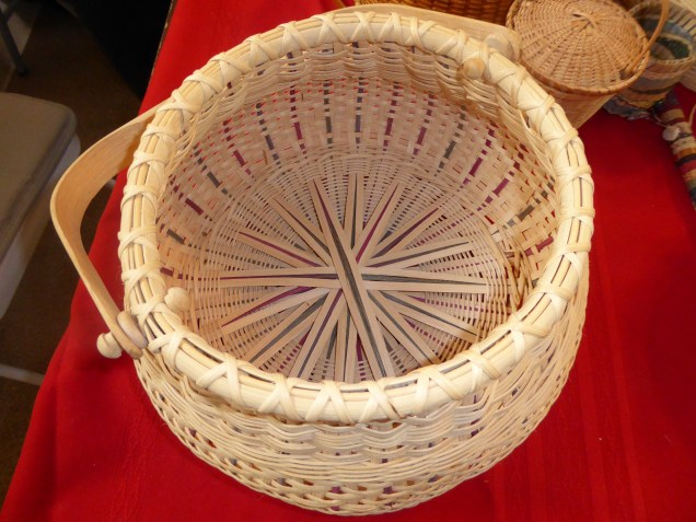 Maribeth used a variety of materials and techniques when weaving these baskets.