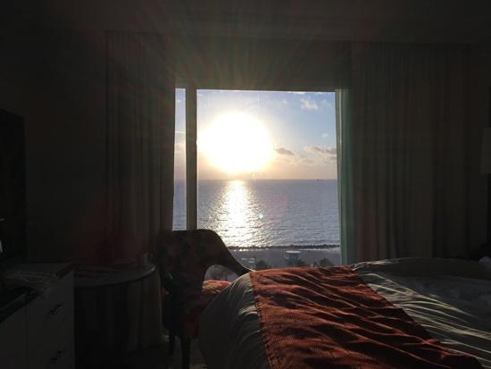 マイアミの朝日