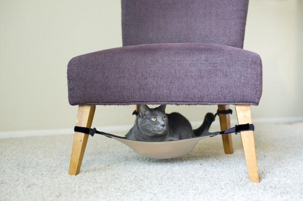 131214catcrib 600x399 - あの猫ハンモック「Cat Crib」が日本のAmazonでも販売中