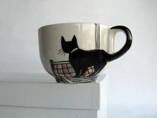 131227catcup - 黒猫モチーフのティーカップ、シッポがくるんと把手に