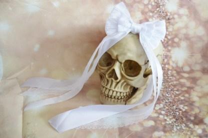 Bridal white hairbow