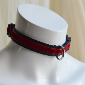 Red passion buckle collar