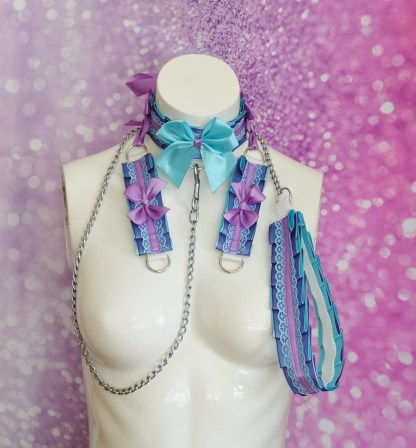 Kitten play collar leash cuffs set – Spring Blueberry