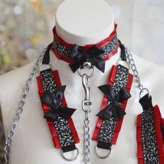 Gothic Kitten play collar leash and cuffs set - Victorian Demon