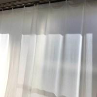 寒~い窓際…暖房効果を高める、断熱カーテンライナーは必須