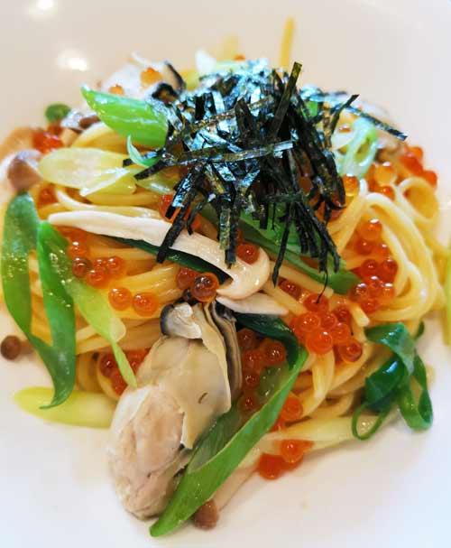 ジョナサンの「広島産牡蠣といくらと九条ねぎのスパゲッティ」