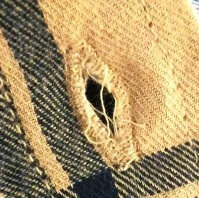 バロックジャパンリミテッドの株主優待券で服を注文するも、不良品が届きました