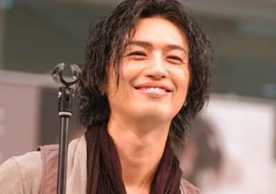 画像引用:http://img.barks.jp/image/review/1000072879/p9.jpg