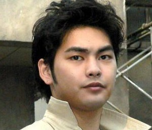 まるで別人のような柳楽優弥(画像引用:http://geitopi.com/wp-content/uploads/2013082104-1.jpg)