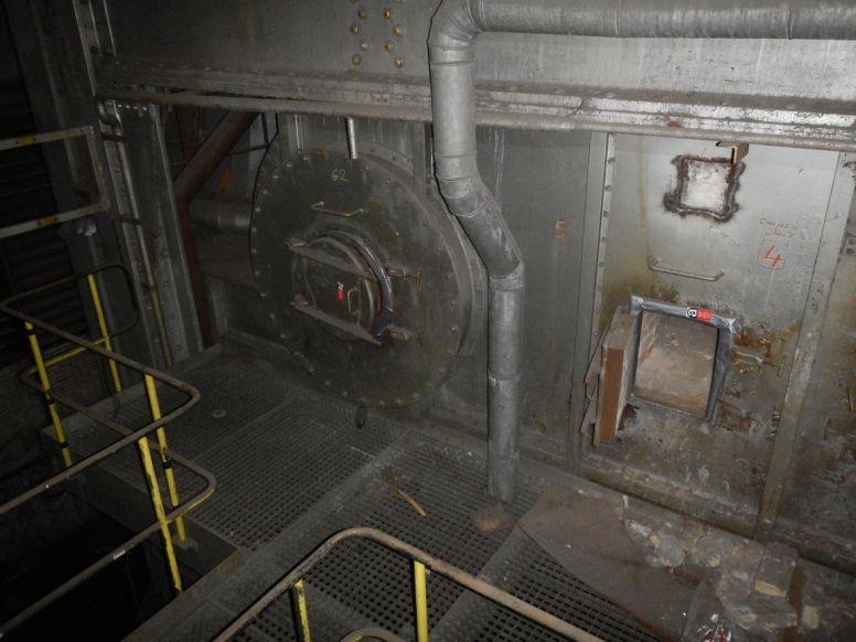 Brennkammertüre