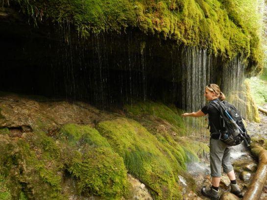 Wasservorhang am Wegesrand bei Bad Boll
