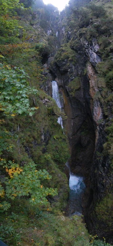 Der erste Wasserfall des Hölltobel