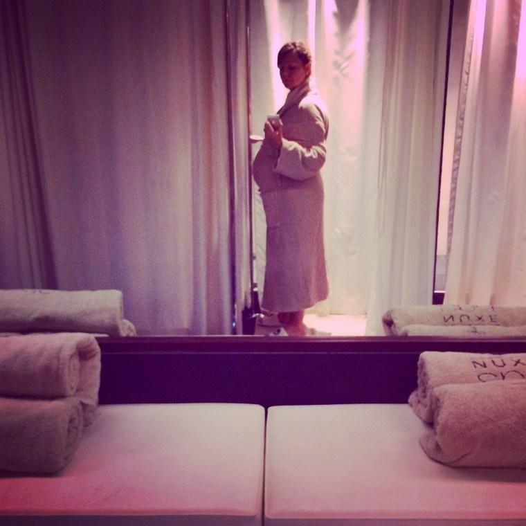 blog-ne-le-dites-a-personne-maman-enceinte prête à tester le soin Future Maman du Spa Nuxe Les Bains de Léa du Grand Hôtel Intercontinental de Bordeaux !
